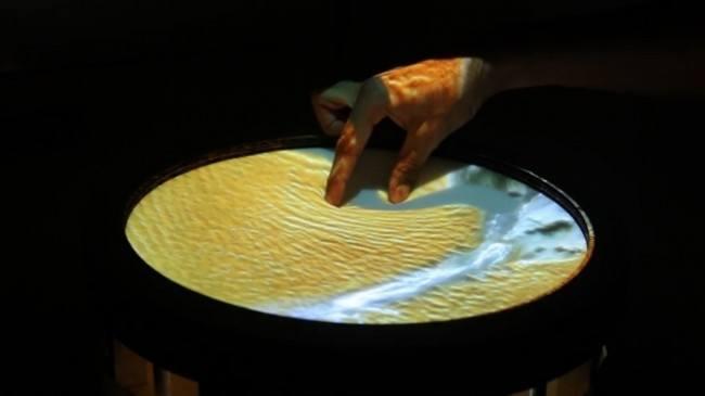 Obake, pantalla t�ctil el�stica es capaz de modelar y simular superficies 3D