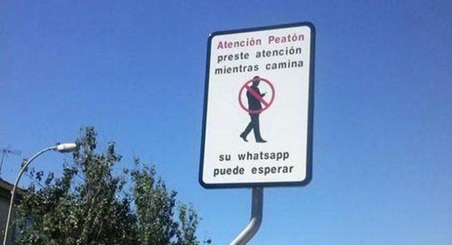 Cartel peligro Whatsapp