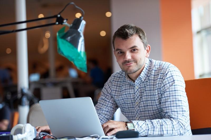 ¿Por qué trabajar por Internet es tu mejor opción?
